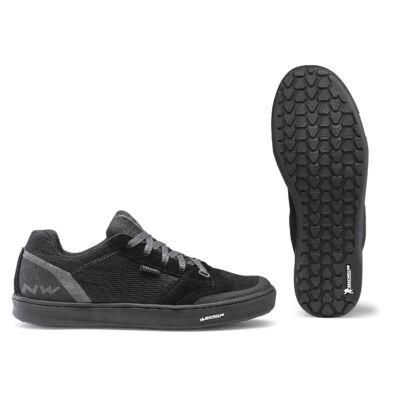 Cipő NORTHWAVE FLAT TRIBE 48 fekete taposó pedálhoz